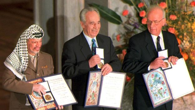 Mr Peres shared the 1994 Nobel Peace Prize for his part in negotiating a peace deal with the Palestinians